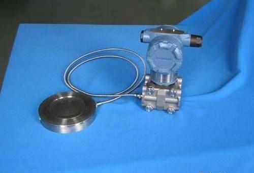 处理方法:①更换仪表;②更换电路板 双法兰液位变送器故障实例分析 1